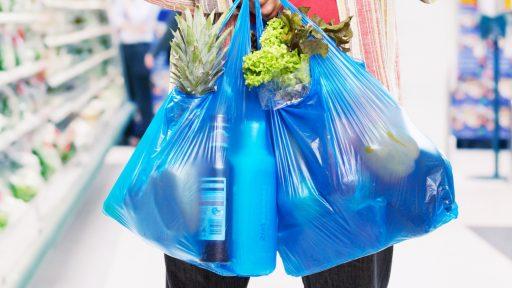 6cc9de91c Perú: Negocios que vendan bolsas de plástico serán multados con más de  S/540,000
